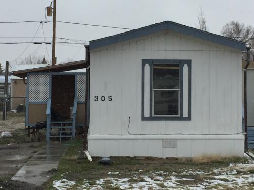 305 E Center St Photo 1