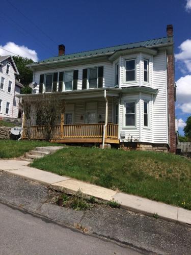 222 N Penn Street Photo 1