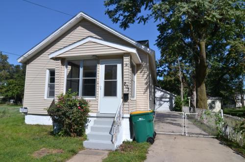 207 Edward Street Photo 1