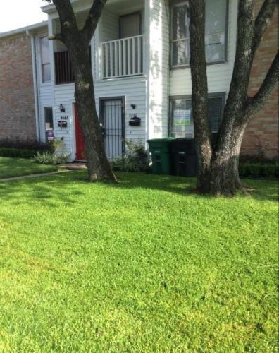 8846 Kempwood Drive Photo 1