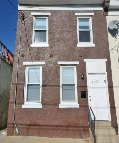 6409 Pearl Street Photo 1