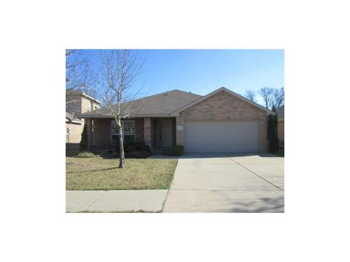 2224 Hummingbird Way Photo 1