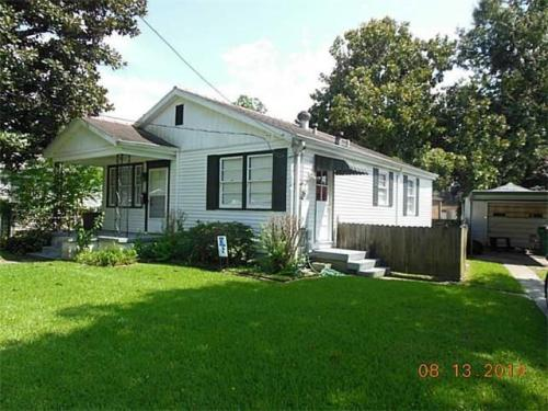 3804 Alfred Pl Photo 1