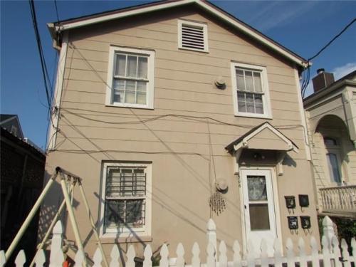216 Bermuda Street Photo 1