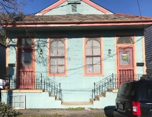 4907 Iberville Street Photo 1