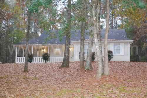 395 E Country Woods Photo 1