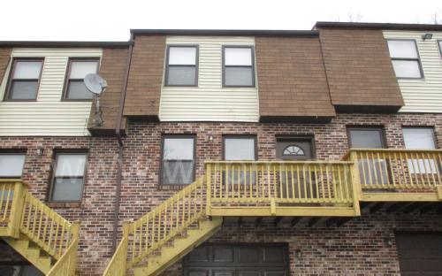 488 Perkins Avenue Photo 1