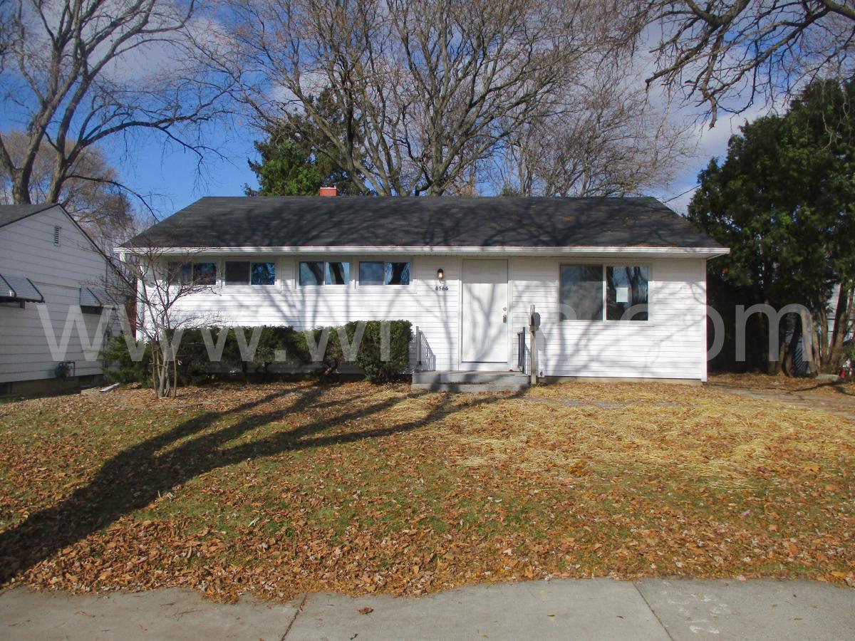Cool 6566 W Ohio Avenue Milwaukee Wi 53219 Hotpads Home Interior And Landscaping Palasignezvosmurscom