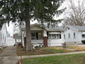 1054 N Hill Ave Photo 1