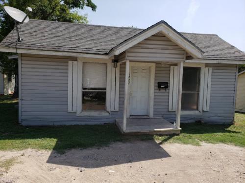 1222 Dalview Avenue Photo 1