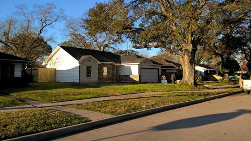 3730 Ward St Photo 1