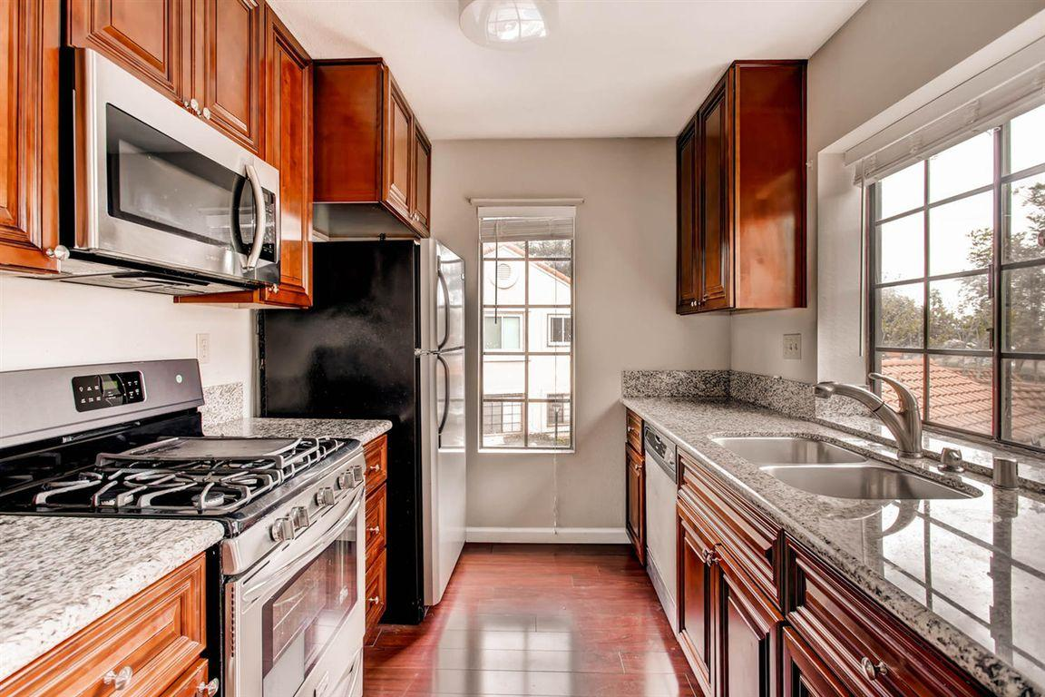 Stupendous 10766 Dabney Drive Apt 32 San Diego Ca 92126 Hotpads Complete Home Design Collection Barbaintelli Responsecom