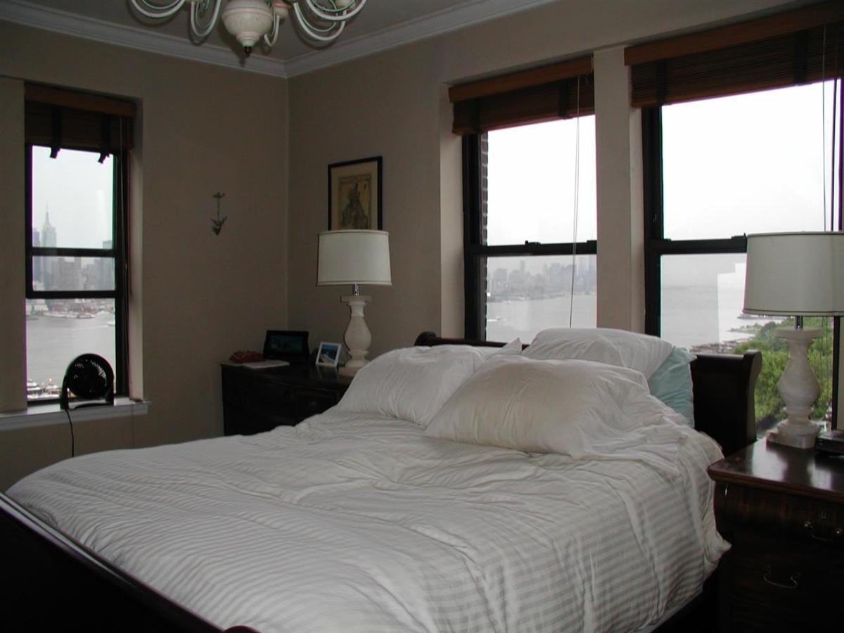 1 Room For Rent In Newark Nj