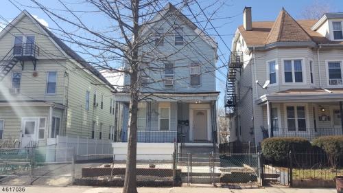 558 Madison Ave Photo 1