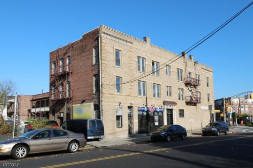 100 Bloomfield Ave Photo 1