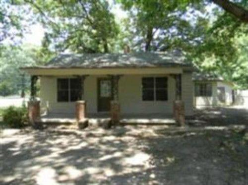 5412 Young Road Photo 1