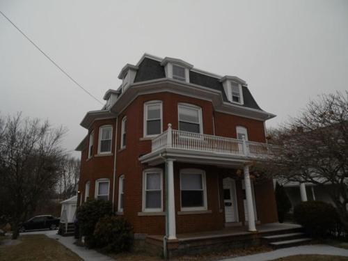 168 High Street #3RD Photo 1