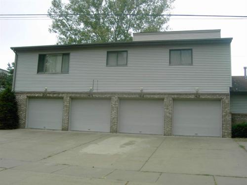 1417 Illinois Drive Photo 1