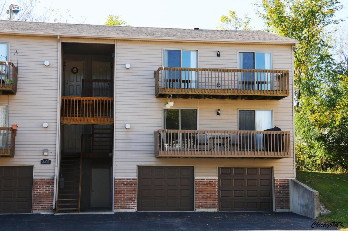 apartment unit g at 340 woodridge circle south elgin il 60177
