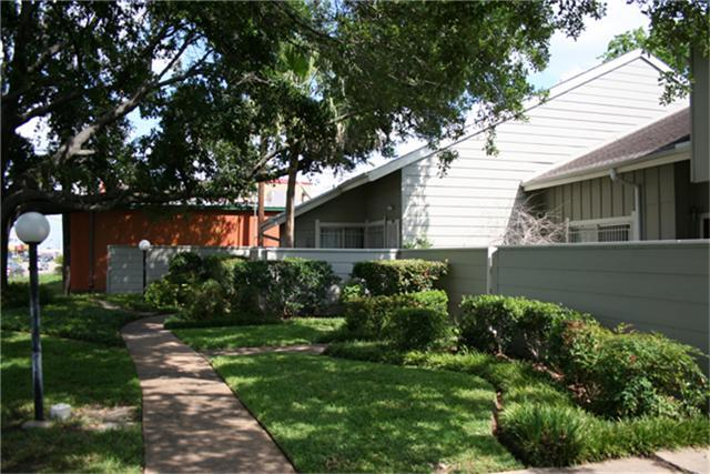 6811 Greenway Chase Street Photo 1
