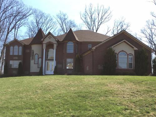 3348 Oak Park Dr Photo 1