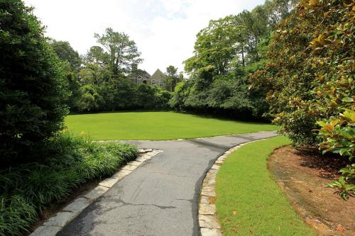 The Berkshires at Lenox Park Photo 1