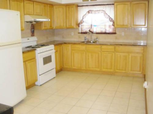 3 bed, $2,275 1 Photo 1