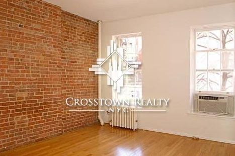2 bed, $2,450 5RW Photo 1