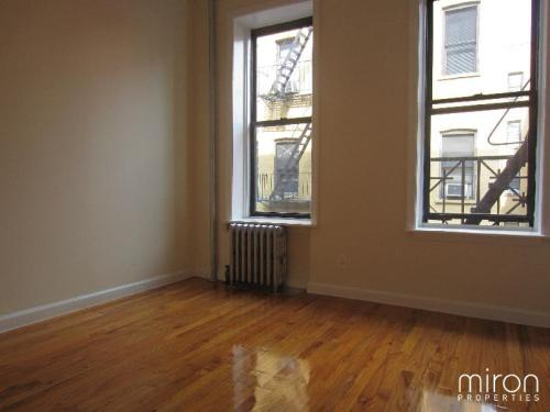 2 bed, $3,195 2BRS Photo 1
