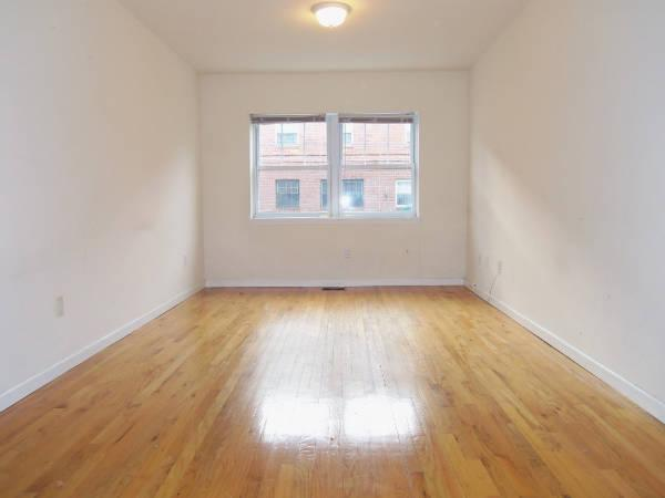 3 bed, $1,750 1 Photo 1