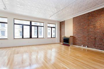 2 bed, $8,800 401 Photo 1