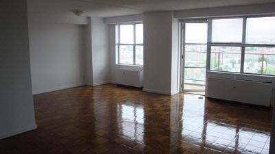 2 bed, $2,350 2210 Photo 1