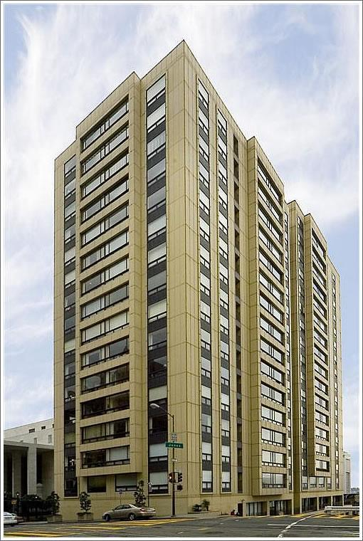 2 bed, $5,000 514 Photo 1