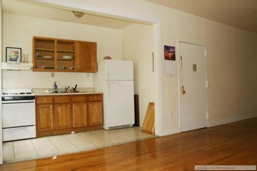 2 bed, $1,690 2 Photo 1