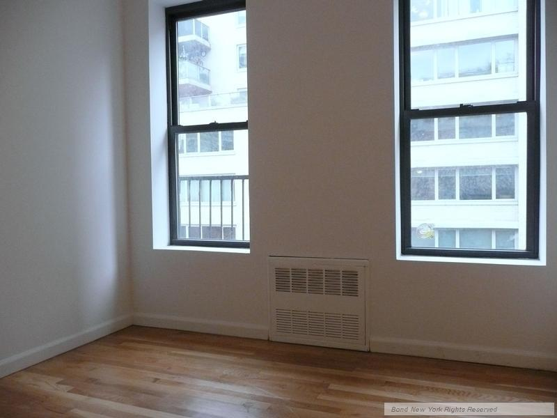 2 bed, $2,495 21 Photo 1