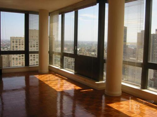 2 bed, $3,500 J30TOSC Photo 1