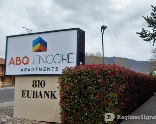 810 Eubank Boulevard NE Photo 1