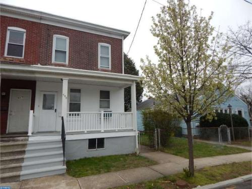 435 E Franklin St Photo 1