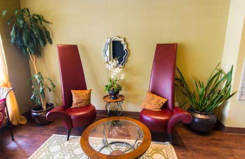 Saffron Apartments Photo 1