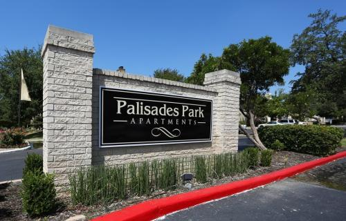 Palisades Park Apartments Photo 1