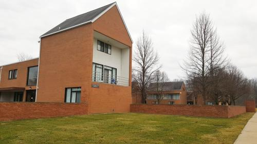 CTS Apartments Photo 1
