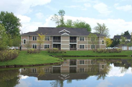 Stonington Park Apartments Photo 1