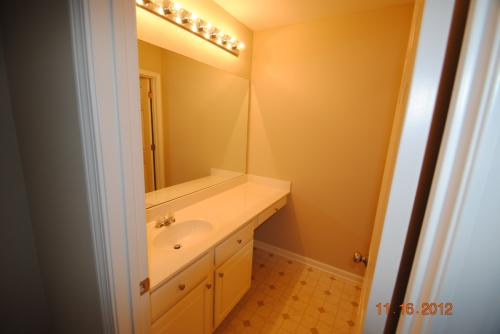 2526 Peach Shoals Circle Photo 1
