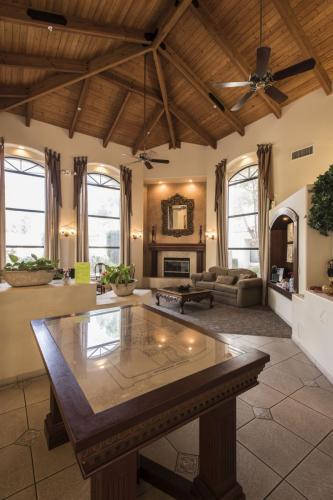 San Montero Luxury Apartments Photo 1