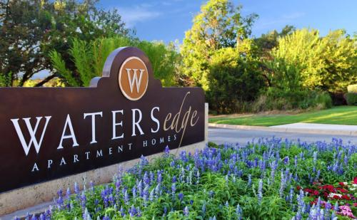 Waters Edge Apartment Homes Photo 1