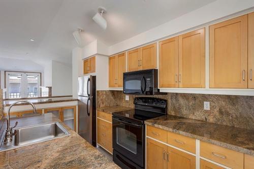 1059 Union Street Apartments Photo 1