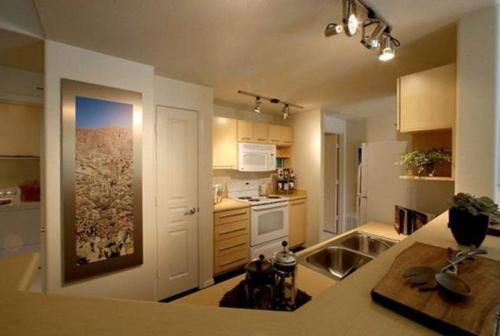 Sage Apartments Photo 1