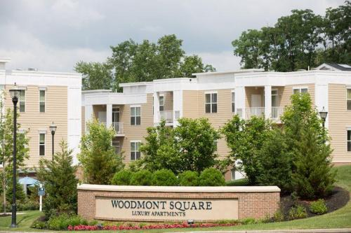 Woodmont Square Photo 1