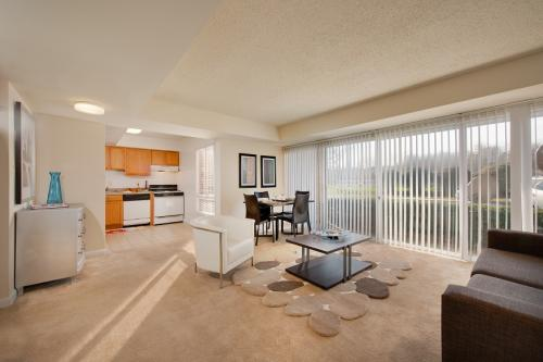 Penn Landing Apartment Homes Photo 1