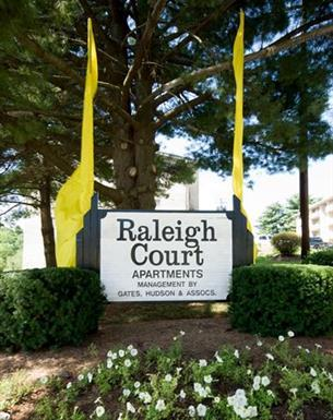 Raleigh Court Apartments Photo 1